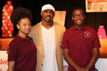 2018 NFL Hall of Famer Brian Dawkins returns to Raines