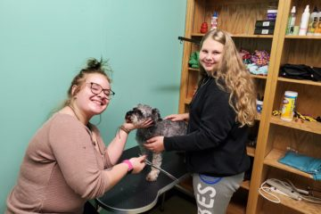 Students learn animal care through veterinary assistant program